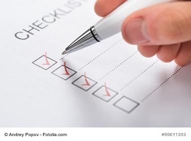 Checkliste wird erledigt